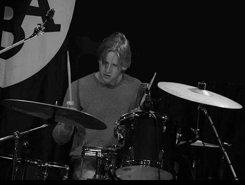 Pim Buitenhek drumdocent Popschool Wassenaar